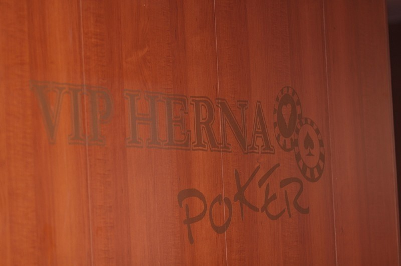 online casino dealer hiring in rcbc plaza makati